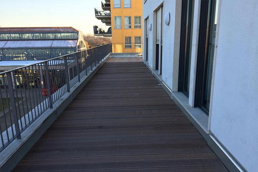https://raumausstattung-bretschneider.de/wp-content/uploads/2019/10/gallery_slide_sonst_terrasse3.jpg